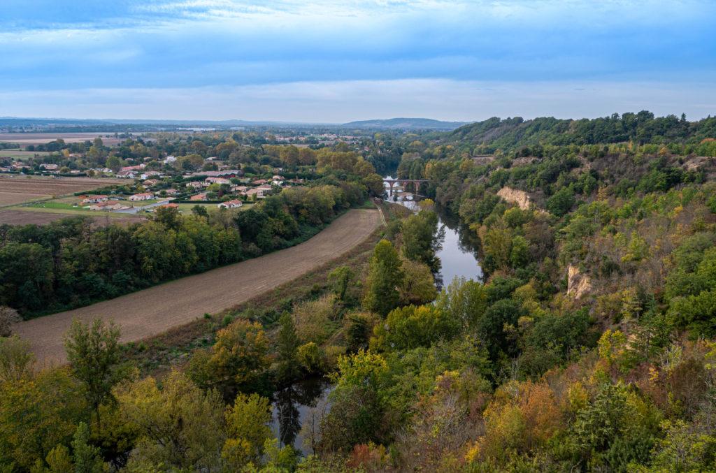 Vue sur la Vallée de l'Agout depuis Giroussens