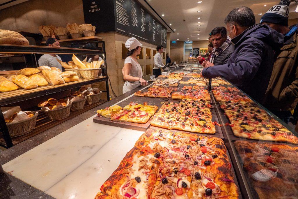 Une pizzeria dans le centre de Londres