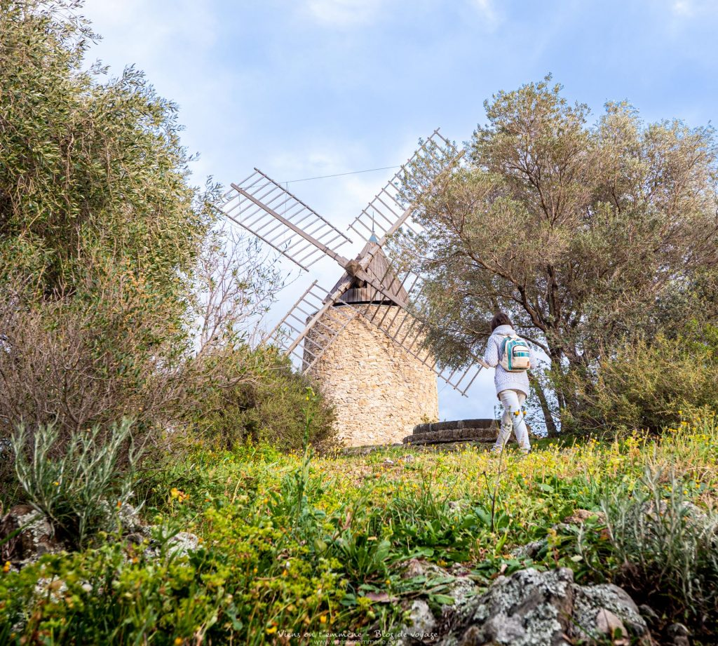 Le moulin Saint Roch, à voir près du château